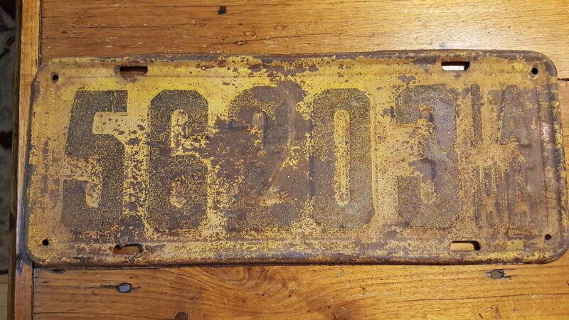 1915 IOWA LICENSE PLATE 56203