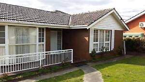 2x Private rooms with shared bathroom centre of Glen Waverley Glen Waverley Monash Area Preview