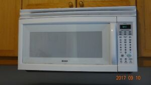 Used microwave with exhaust fan