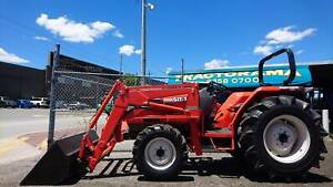 """TRACTORAMA KUBOTA """" JAPANESE GEM """" 36HP TRACTOR (4;1 )BUCKET/FEL Welshpool Canning Area Preview"""