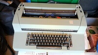 Ibm Selectric Ii Correcting Typewriter . Onoff Clrset Switches Are Missing