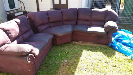 Free lounge pick up fairfield heights  Fairfield Heights Fairfield Area Preview