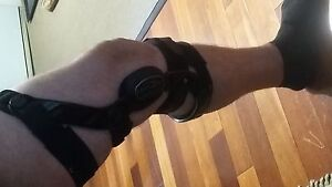 Full support knee brace