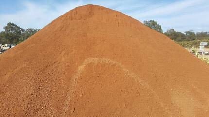 SCOOPS Red gravel supplies