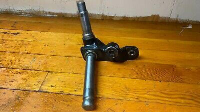 Spindle - Right Side John Deere 655 Am102126  Tl