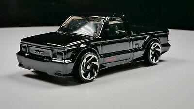 1991 GMC Syclone 1/64 Scale Diecast Diorama Rare Car Black