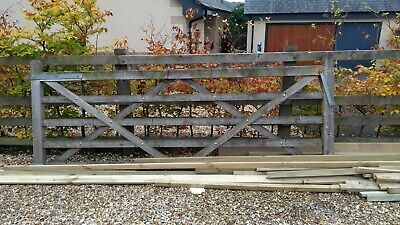 10ft 5 Bar Gate field wooden