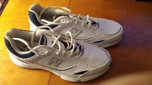 Brand New Men's Running Shoes (size 9)