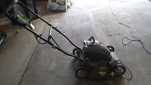 Battery operated lawmower