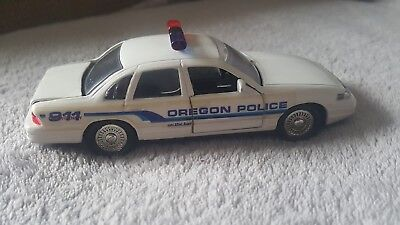 Road Champs Oregon Police Diecast Vehicle 1:43 Scale 1997