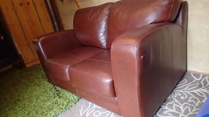 Leather 2 seater lounge
