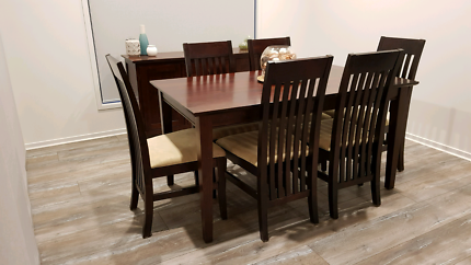 6pc Dining Table And Matching Buffet