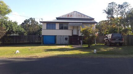 House for rent available 19/11/15  $215 pw Howard Fraser Coast Preview