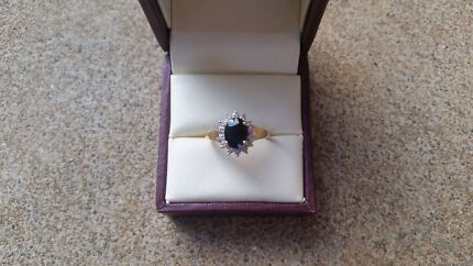 9ct Gold Sapphire & Diamond Ring Para Hills Salisbury Area Preview