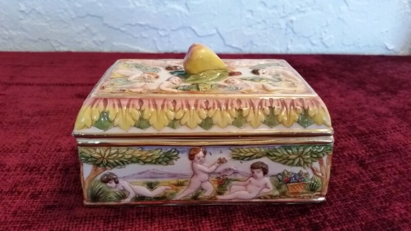 Capodimonte Trinket Box Covered, Beautifully Detailed, Vintage
