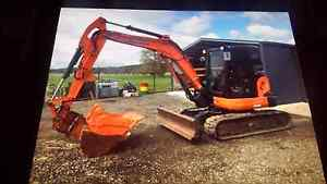 5.5t digger hire and 10 yard truck hire New Norfolk Derwent Valley Preview