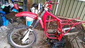 USD fork may suit Honda XR250 XR350 XR400 XR500 XR600 XL600 Wollongong Wollongong Area Preview