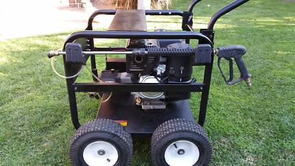 Near new industrial/commercial petrol high pressure washer Naremburn Willoughby Area Preview