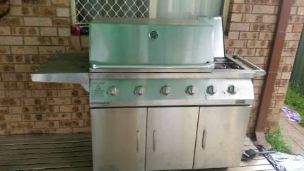 4 burner bbq with wok Hebersham Blacktown Area Preview