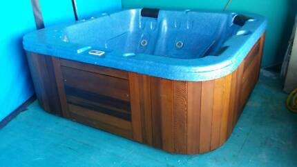 5 person portable spa Joondalup Joondalup Area Preview