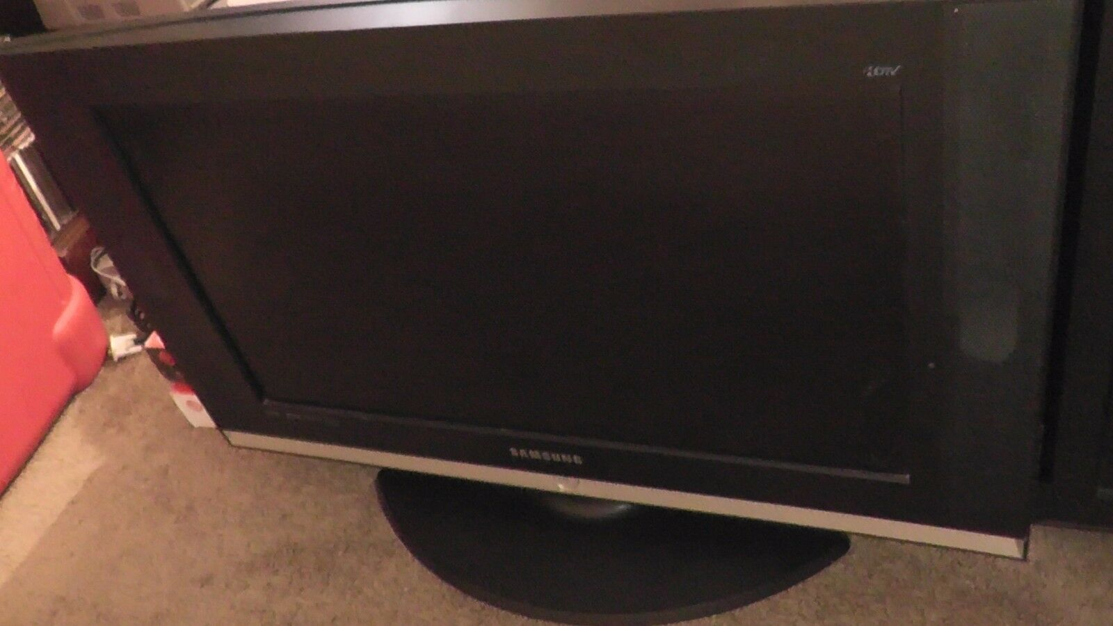 26 Inch TV Untested HDTV Samsung 2006 Computer Monitor LCD Liquid Crystal Displa
