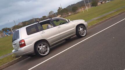 2004 toyota kluger  Liverpool Liverpool Area Preview