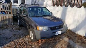 2003 Ford Escape Need gone ASAP $1100