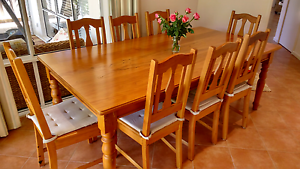 Yellowwood Dining Table w/ 8 Chairs - MAKE an OFFER! Churchlands Stirling Area Preview