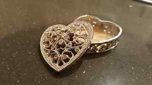 Heart shaped tiny box with sparks Ainslie North Canberra Preview