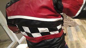 Leather snowmobile jacket Windsor Region Ontario image 3