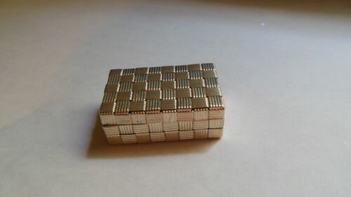 VINTAGE TIFFANY & CO STERLING SILVER BASKETWEAVE PILL BOX MADE IN ITALY