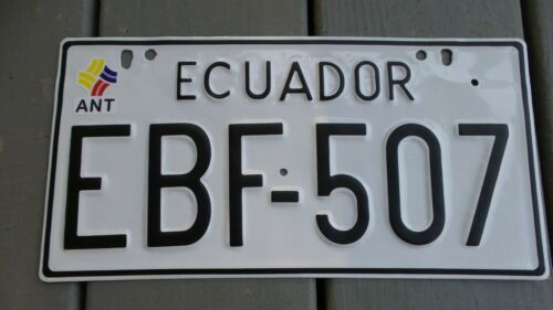 RARE! Hard To Find  RESTORED Vintage SOUTH AMERICA ECUADOR Metal  Licence PLATE