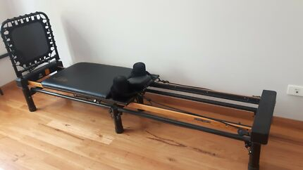 Original Aero Pilates Performer XP610 (Exercise Equipment)