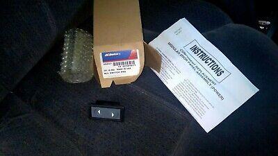 NEW GM 22101071 OEM Window Switch 88-94 C/K Truck suburban? Tahoe/blazer fullsiz