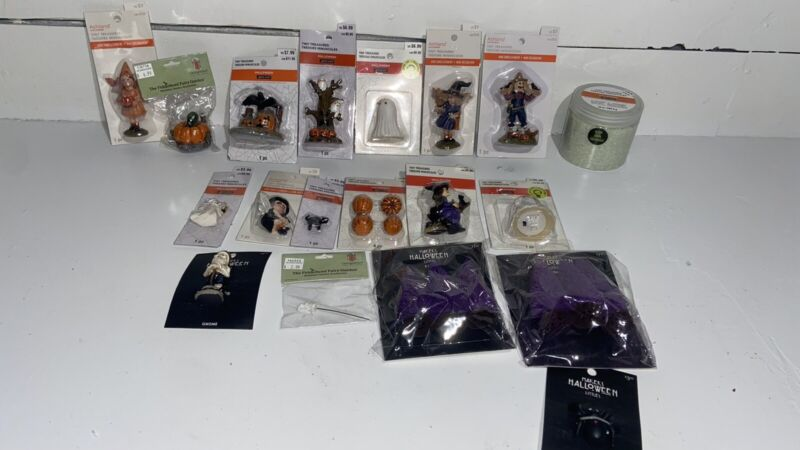 19 New In Pkg Halloween Miniatures Tiny Treasures Celebrate It Lot