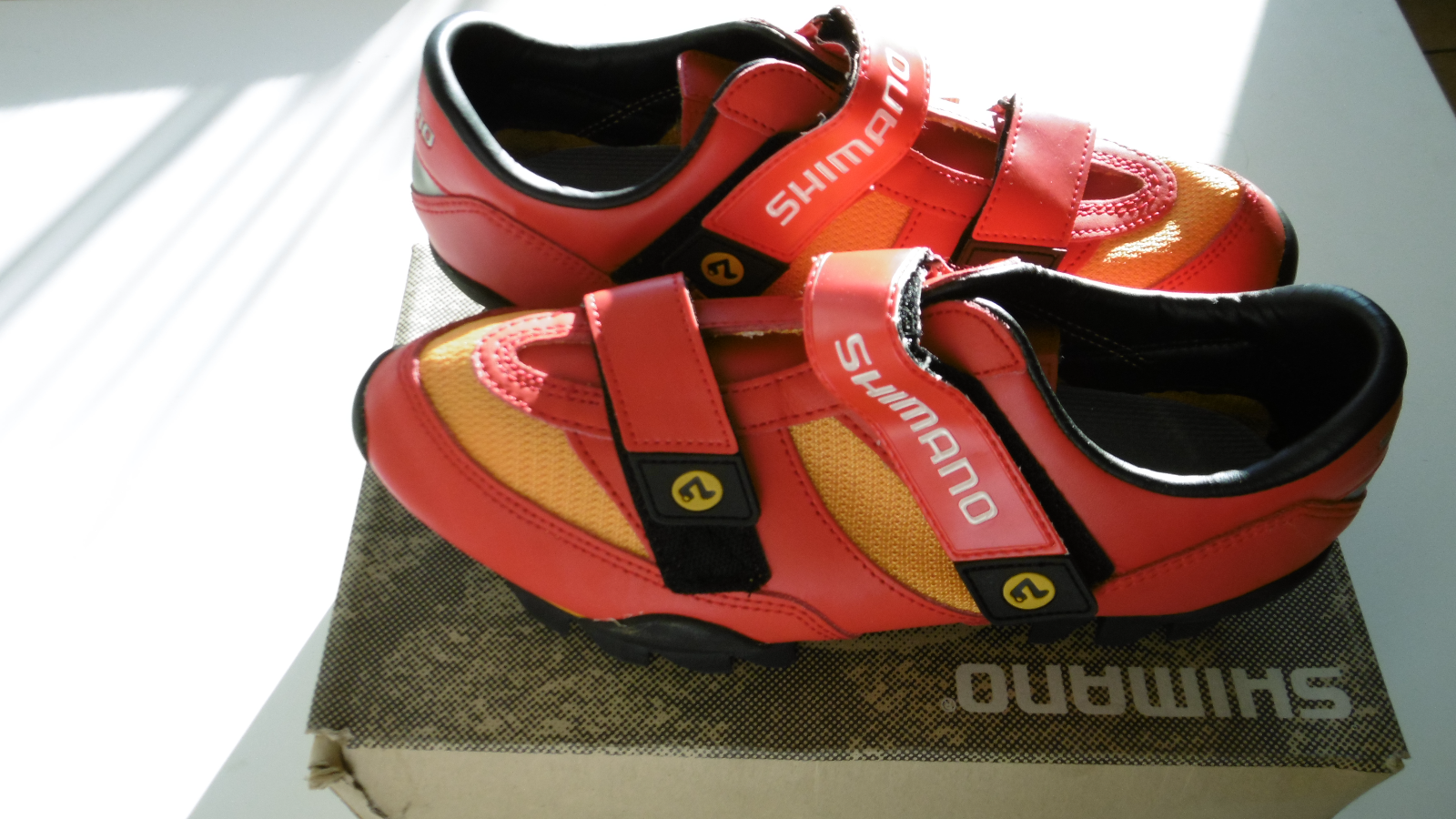 Shimano SH-M080 Red/Orange Shoes Size 45 New In Box