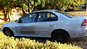 04 vy parts car 900 ono or swap for trailer or kyak Capital Hill South Canberra Preview