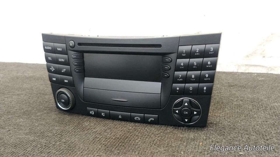 Mercedes-Benz W211 Navigation Navi System GPS CD Radio Player in Bergedorf - Hamburg Billstedt