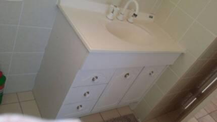Bathroom Cabinet Cabinets Gumtree Australia Brisbane North