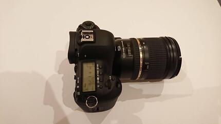 Canon EOS 5D Mark IV with 24-70mm f/2.8L II USM Digital SLR