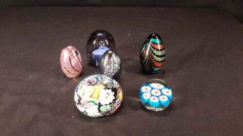 Paperweight lot signed (mm1562)