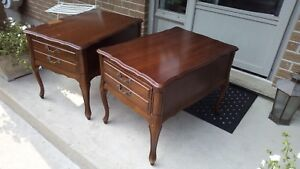 2 Wood Bedside Night Tables Side Table