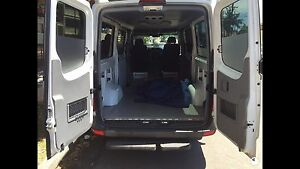 Express Removalist 2 men and 2 tone big van from $50 flat rate Kogarah Rockdale Area Preview