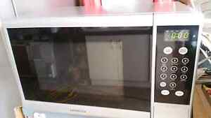 Kambrook microwave on sale cheap Liverpool Liverpool Area Preview