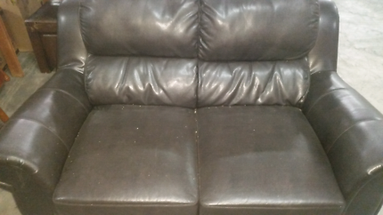 TWO SEATER LOUNGE