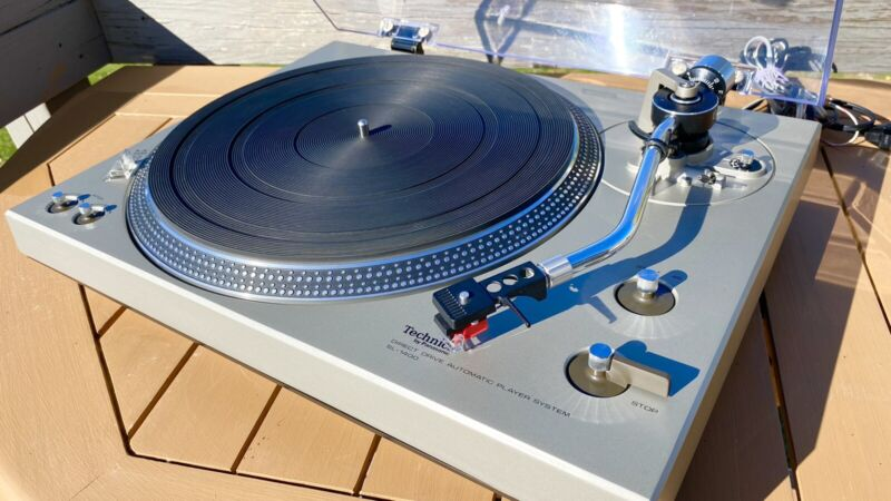 Technics SL-1400 Turntable, New AT100E Cartridge, Excellent!!