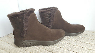 Womens Winter Boots Skechers Parka Suede Brown Cozies Slip-On Ankle On The Go](Brown Gogo Boots)
