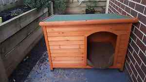Large dog house Berwick Casey Area Preview