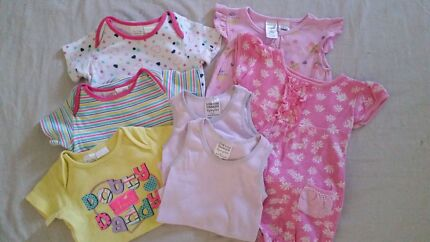 Girls clothes - size 1  Wulkuraka Ipswich City Preview