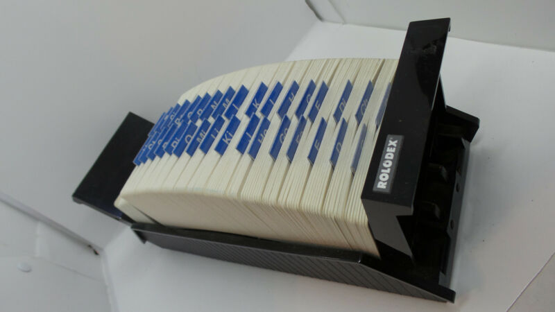 Rolodex VIP-124 Vintage Roladex Number Organizer With Lots of Cards